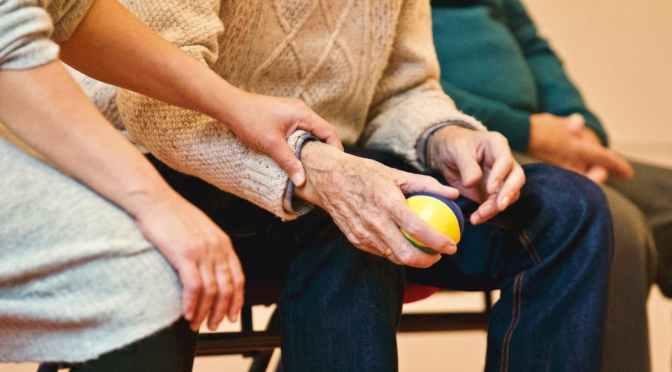 Bătrîna de la Sîngera nu se lasă bătută de nepoată