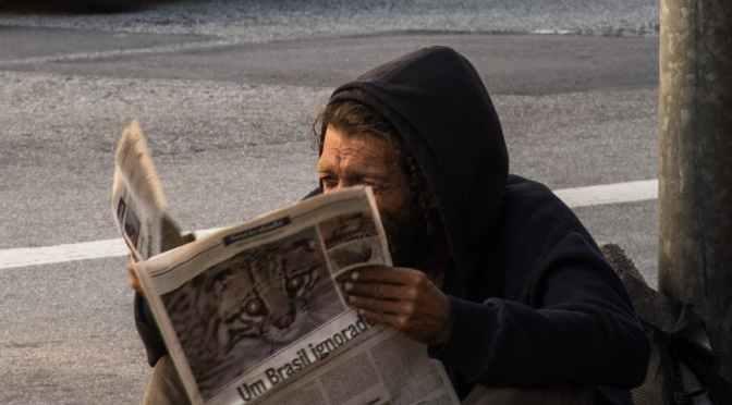 I-au dat gazetă cu Dodon și greșeală pe prima pagină